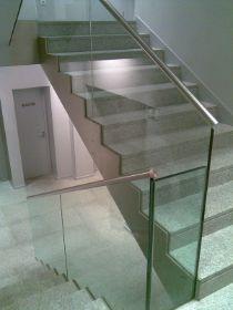 vidrio laminado con pasamanos en acero inoxidable